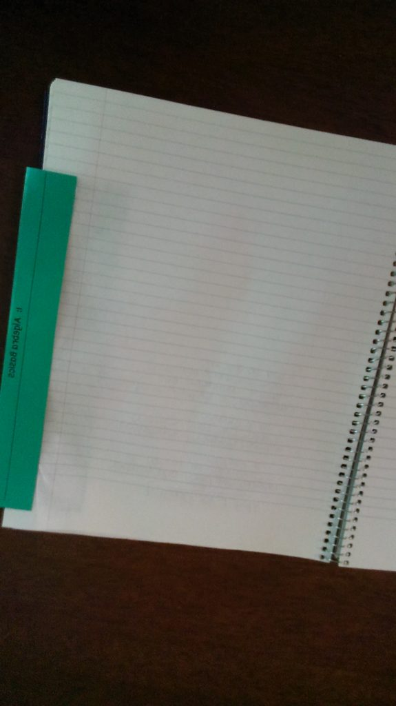 organizing student notebooks with dividers